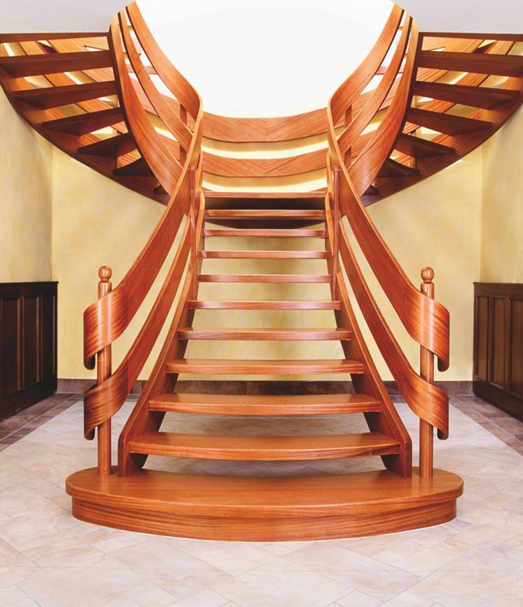 Immagine galleria 1 - Scale in legno marrone