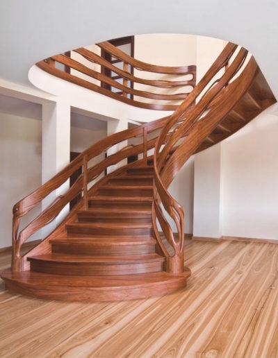 Immagine galleria 11 - Scale in legno nobile marrone