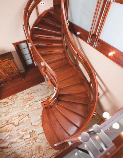 Immagine galleria 13 - Scale in legno a curva