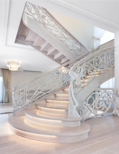 Immagine galleria 20 - scale in legno di color bianco