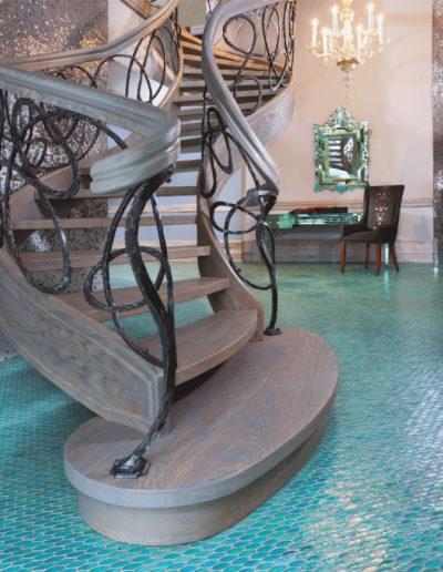 Immagine galleria 4 - Scale in legno a semi chiocciola